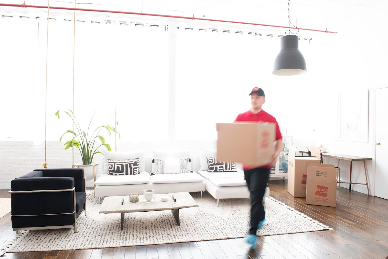 Using Commercial Packers and Movers for Your Move